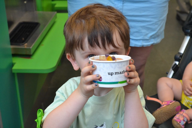 Kid and FroYo