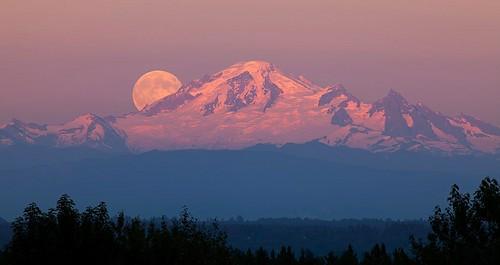moon landscape gordon mountbaker ashby flickrchallengegroup flickrchallengewinner thechallengefactory gordeau
