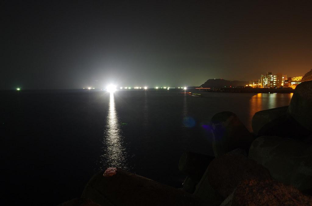 海邊的一座小碼頭