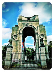 Lutyens War Memorial,Victoria Park,Leicester#warmemorialWW1#Leicester#camera+ by davidearlgray