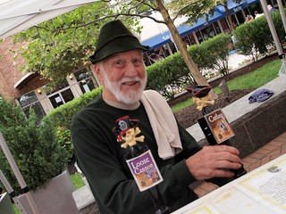 Hoppy Oktoberfest volunteer