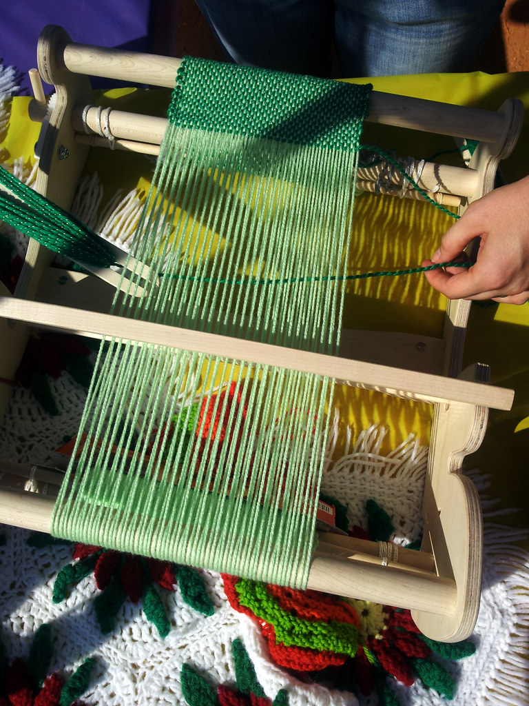 weaving-upcycle