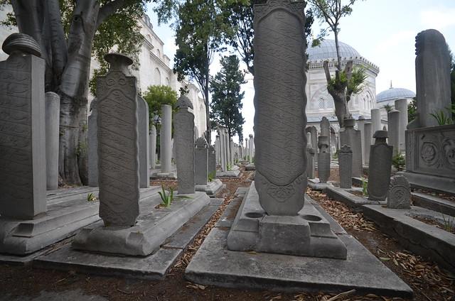Tumbas del cementerio de Suleymaniye en Estambul
