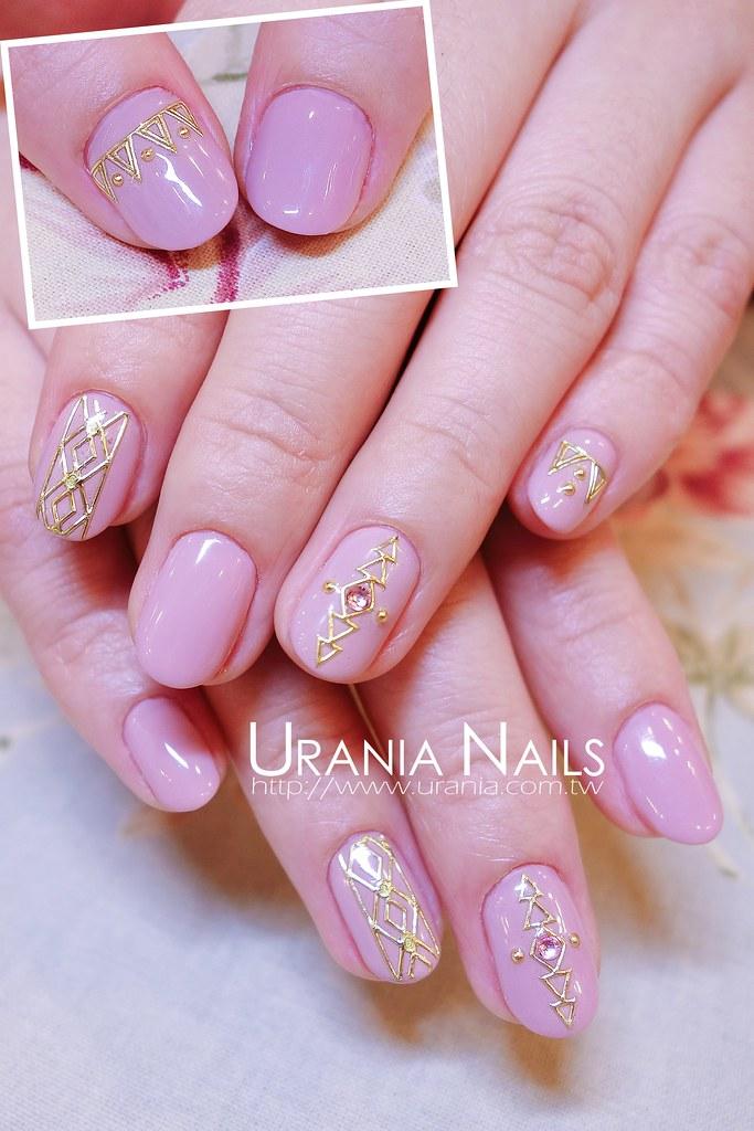 粉彩色調凝膠指甲