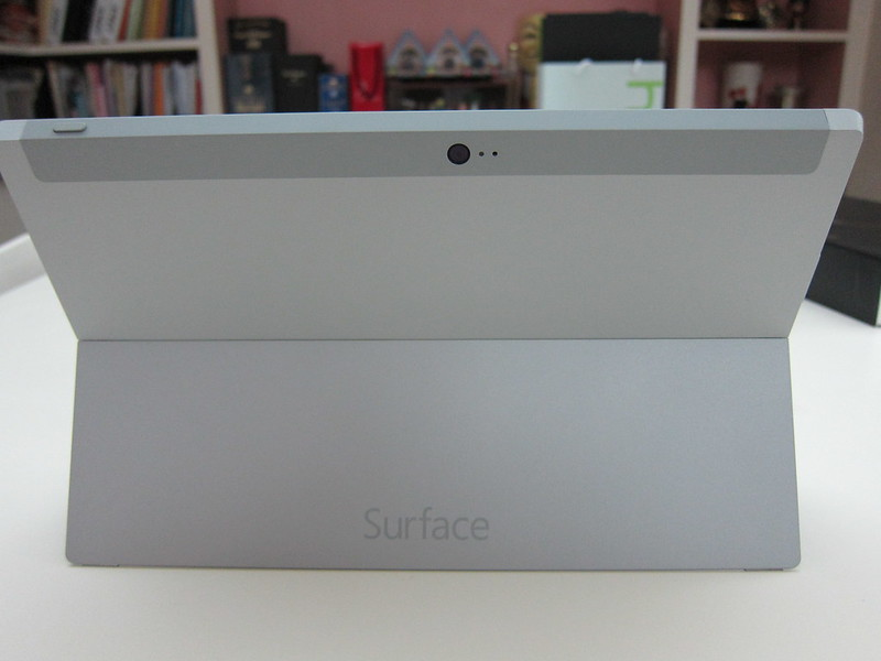 Microsoft Surface 2 - Kickstand Back
