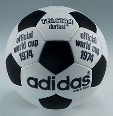 world_cup_footballs_through_history_10