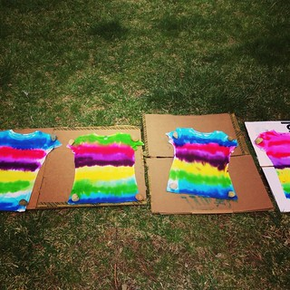Tie dye tee craft with kids