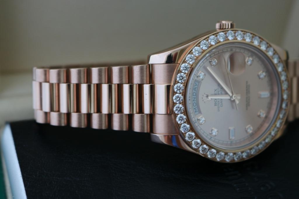 Đồng hồ rolex day date 6 số 218235 – Vàng hồng 18k – Hạt xoàn TO – Size 41mm