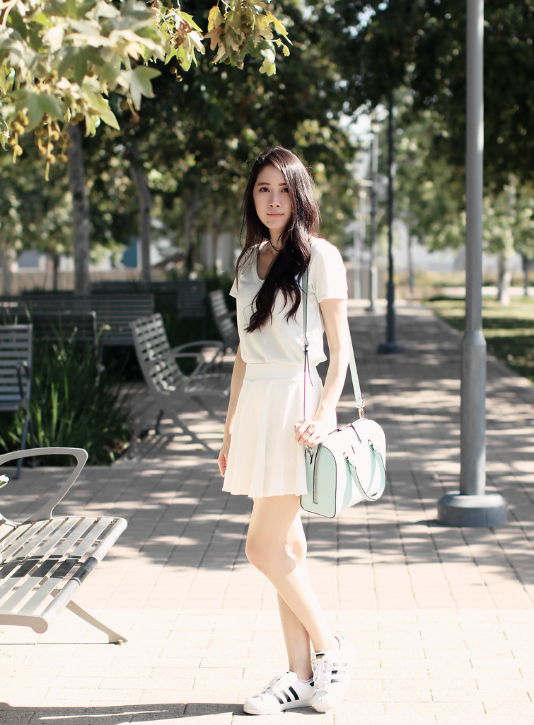 2669-ootd-fashion-outfitoftheday-wiwt-style-sporty-athleisure-hollister-asianfashion-koreanfashion-adidas-clothestoyouuu-elizabeetht