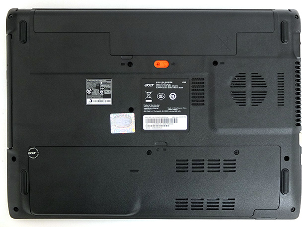 acer_aspire_e1-451g_bottom