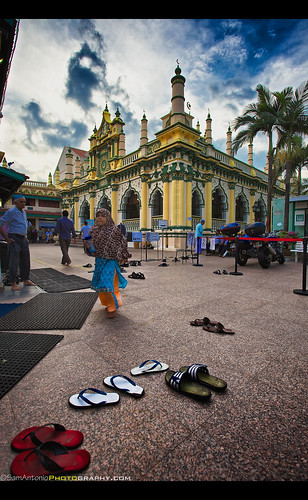 Waiting for a soul to drift up into my view at the Abdul Gaffoor Mosque - Little India, Singapore by Sam Antonio Photography