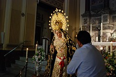 Cientos de curiosos se acercan a ver a La Virgen de la Consolación tras ser restaurada