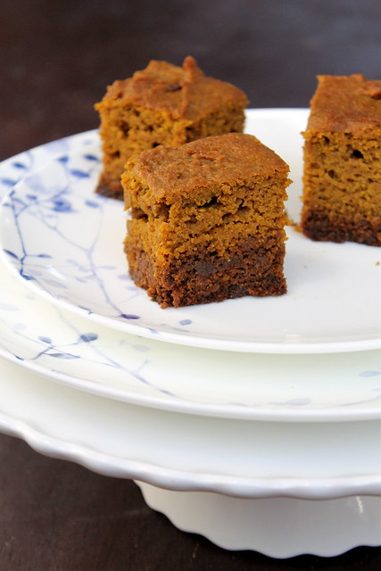 Pumpkin Gingerbread Bars - vegan