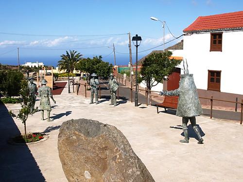 Statues, El Palmar, Tenerife