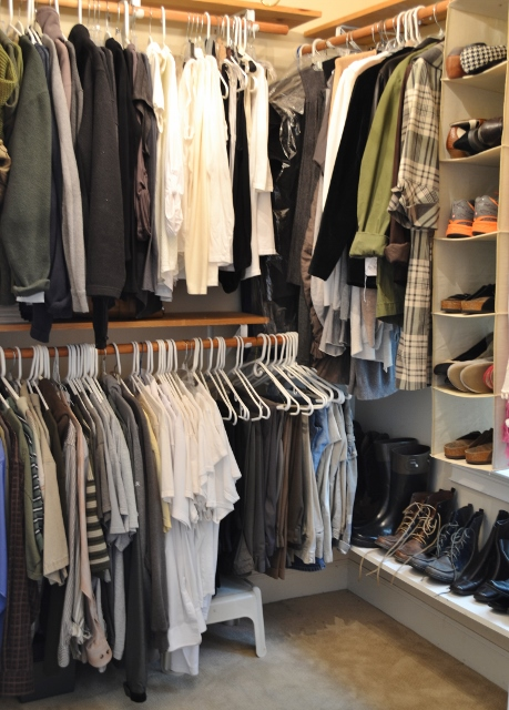 color coordinating your closet