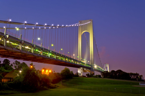 nyc longexposure bridge sunset grass night evening nikon clear statenisland verrazano fortwadsworth d5200 machineswithsouls
