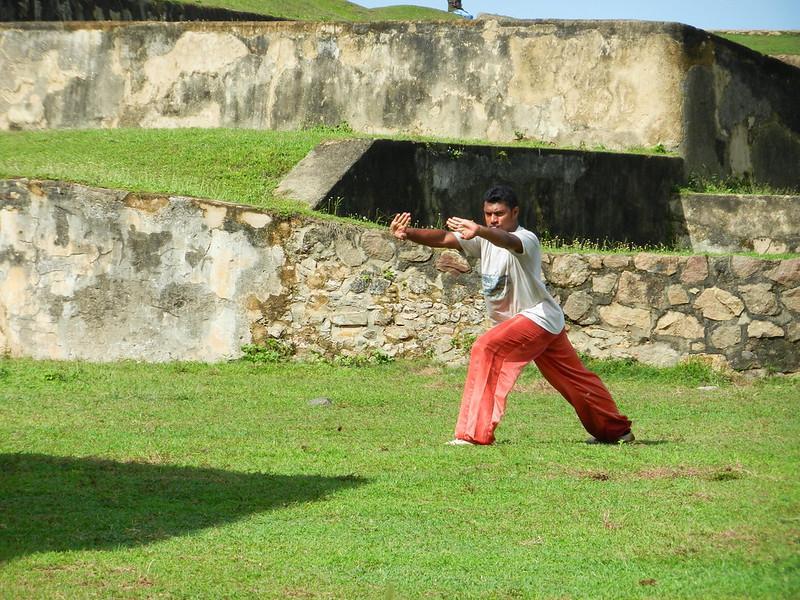 На стенах форта в Галле Шри Ланка