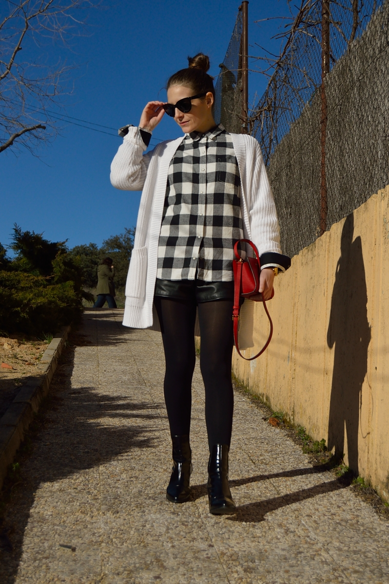 lara-vazquez-madlula-blog-style-streetstyle-black-white-look