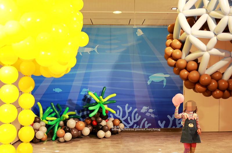 33252380331 34725900f8 c - 童趣幻想.氣球探索遊樂園-穿過彩虹隧道.來到氣球樂園.空中陸地海洋通通有.還有卡友限定的氣球泡泡池喔.台中新光三越10F天空劇場.3/11~3/29.免費入場參觀.假日親子遊