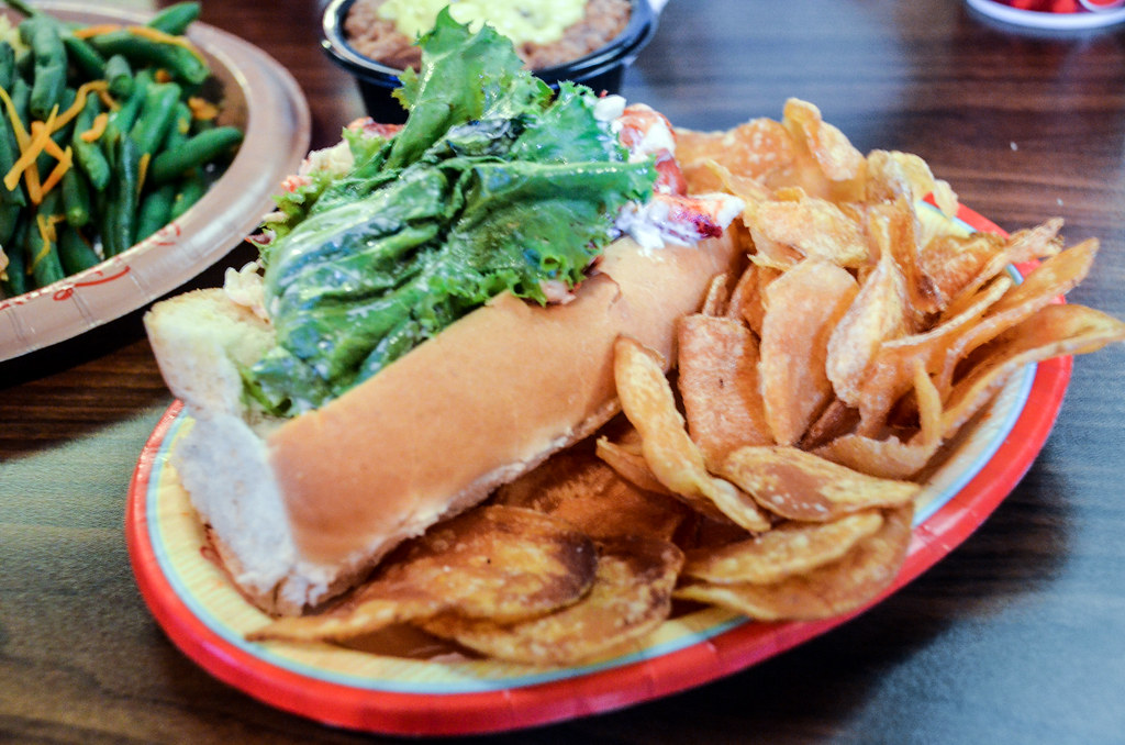 Columbia Harbor House lobster roll