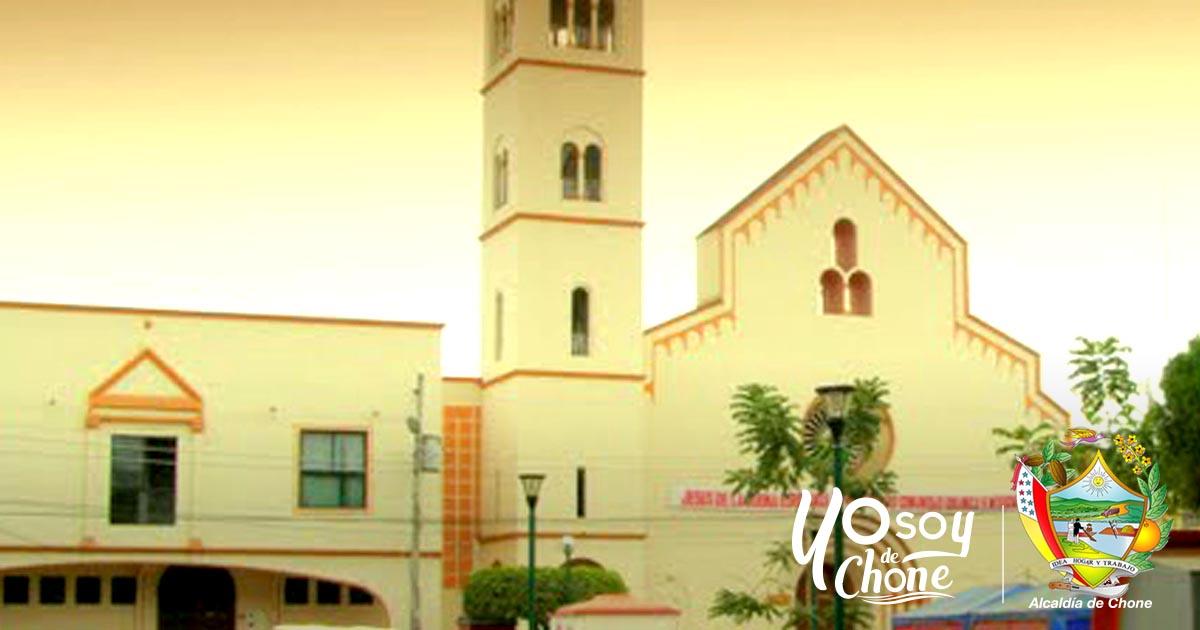 Alcaldía de Chone se une a las actividades de Iglesia Católica al recordar un año del 16A
