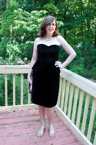 $4 vintage find: vintage 80s does 40s black velvet peplum dress
