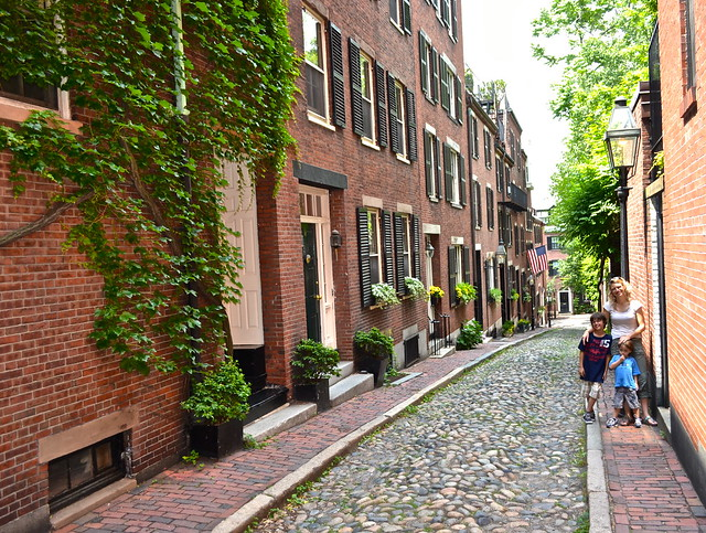 boston's wealthiest neighborhoods - beacon hill
