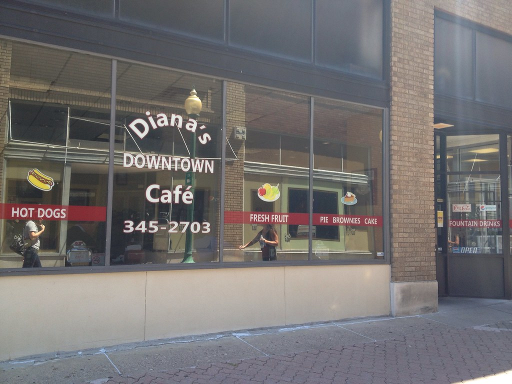 Diana's Downtown Cafe