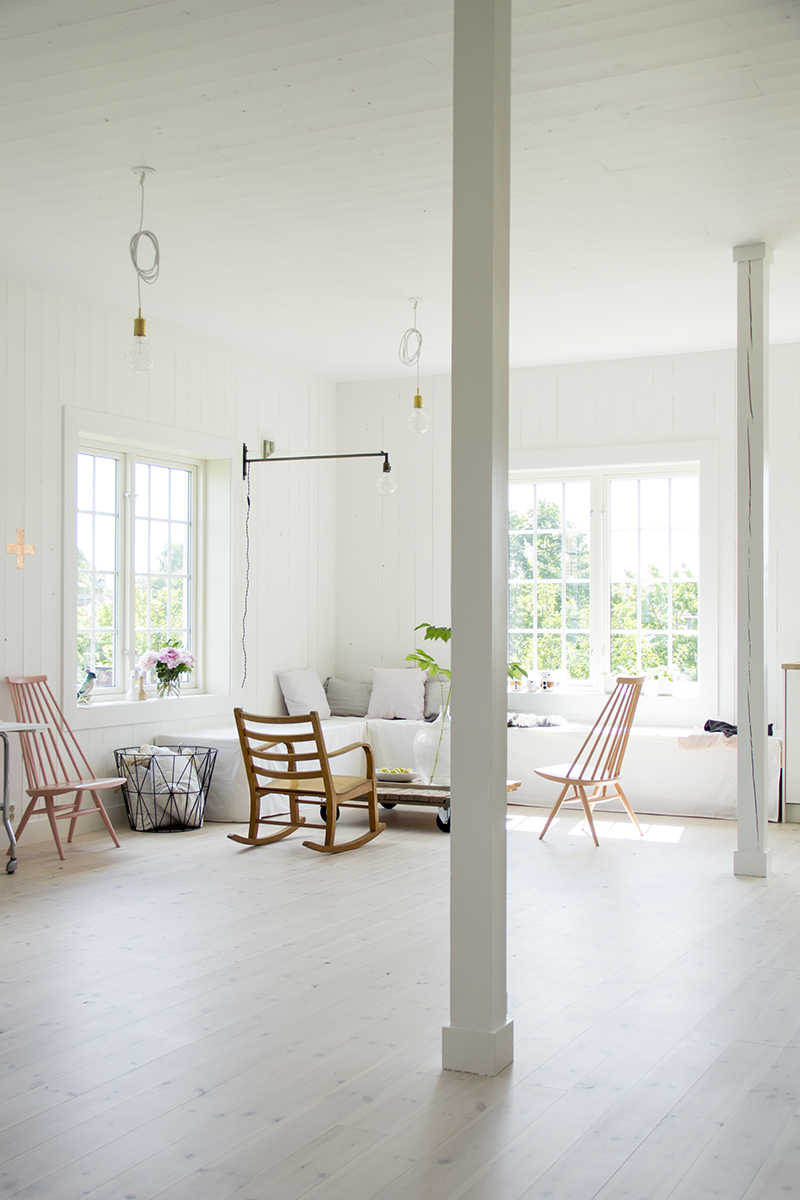 STUDIO By Fryd + Her Stylish Work Studio in NorwayY FRYD-4S