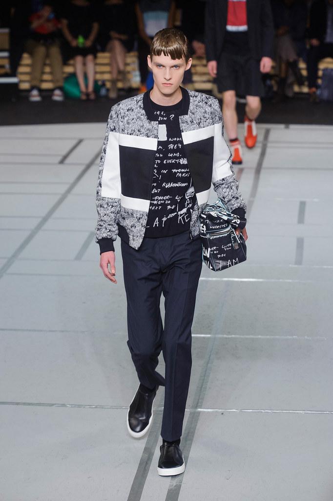 Adam Abraham3047_SS14 Paris Kenzo(fashionising.com)