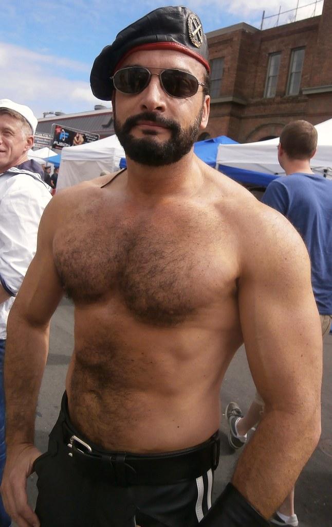 homme ttbm rencontre gay musclé