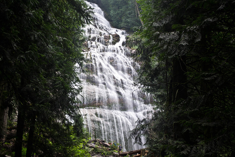 Bridal Falls | 20 Reasons Why British Columbia is the Best Place on Earth | packmeto.com