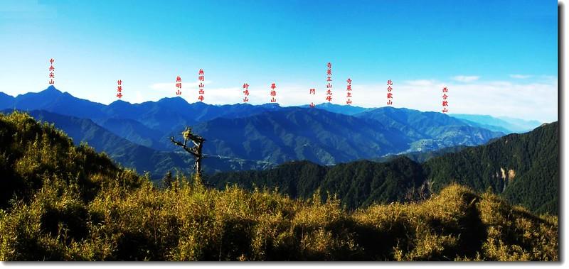 雪山東峰東南眺中央山脈群山 2