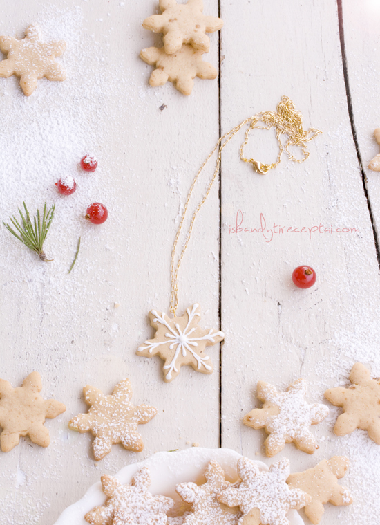 Gingerbread necklace