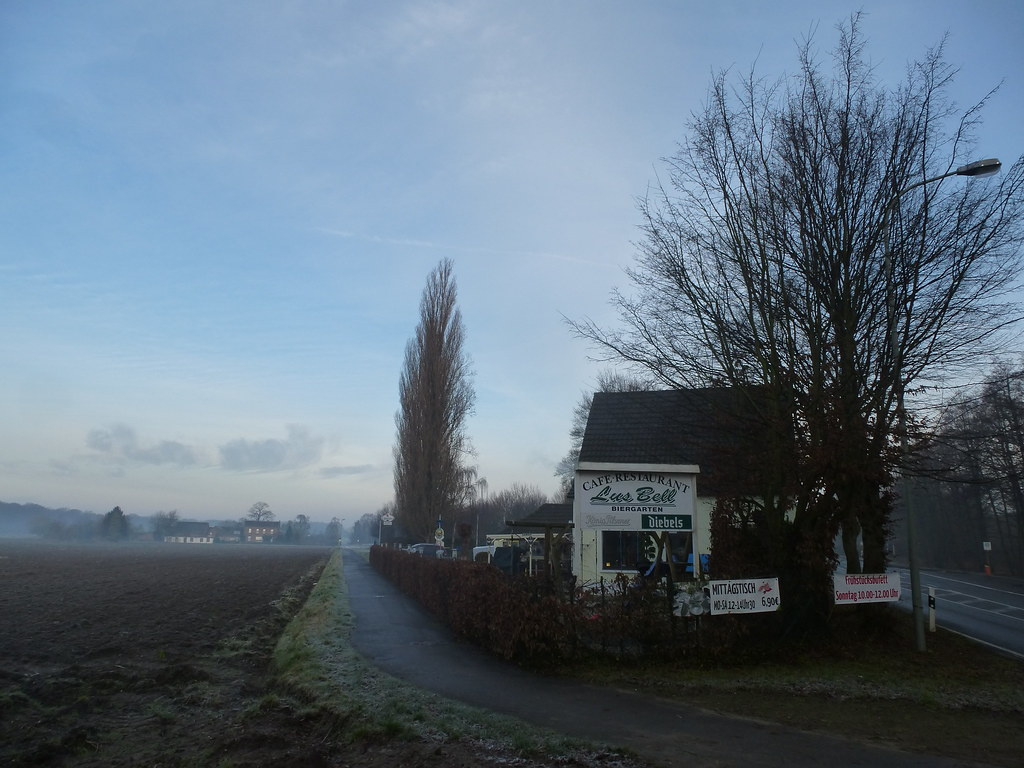 Tour 455 – Krefeld-Hüls – Auf dem Dr.-Bertram-Weg – Wanderwegewelt