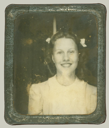 Photobooth portrait in a frame