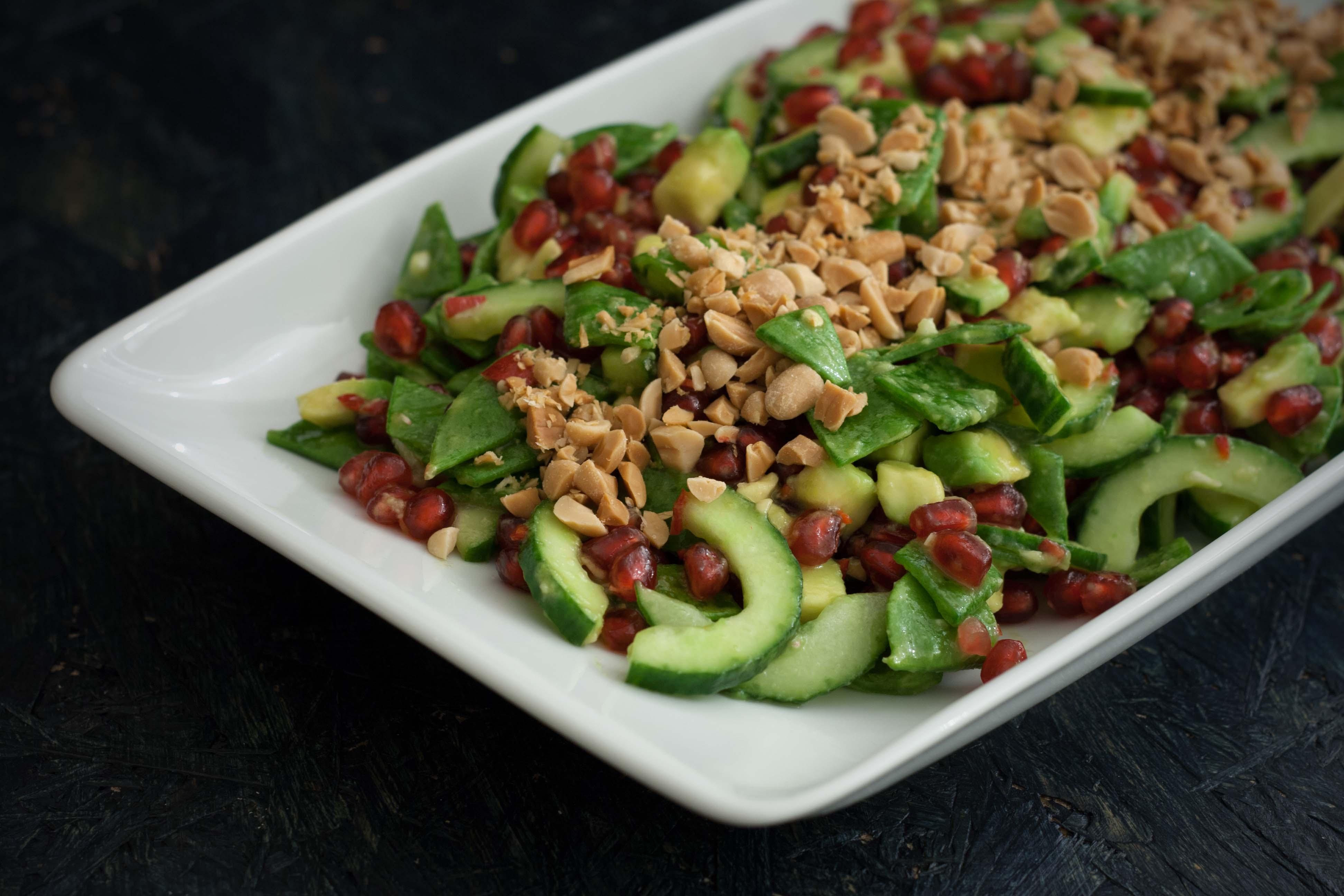 Recipe for Homemade Spicy Salad with Avocado, Pomegranate & Sugar Snaps