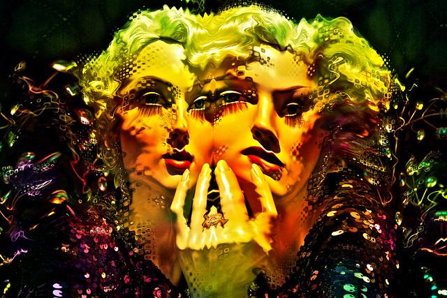 Shimmer Shatter Glamour