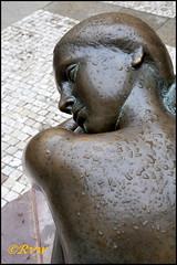Statues - Sculptures