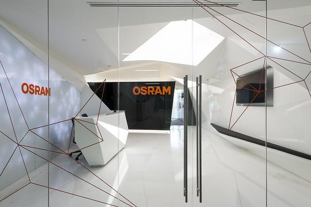 OSRAM_3416__r