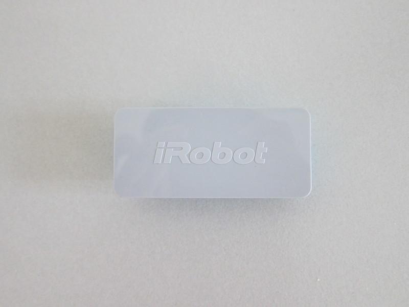 iRobot Braava Jet 240 - Battery - Front