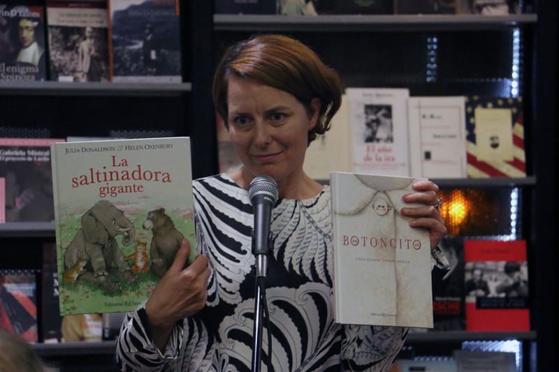 Elodie Bourgeois, Editorial Juventud