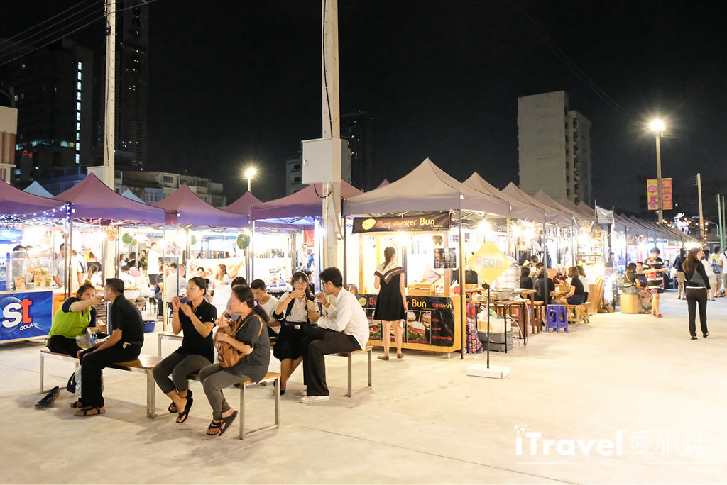 曼谷城中霓虹夜市 Talad Neon Downtown Night Market (33)