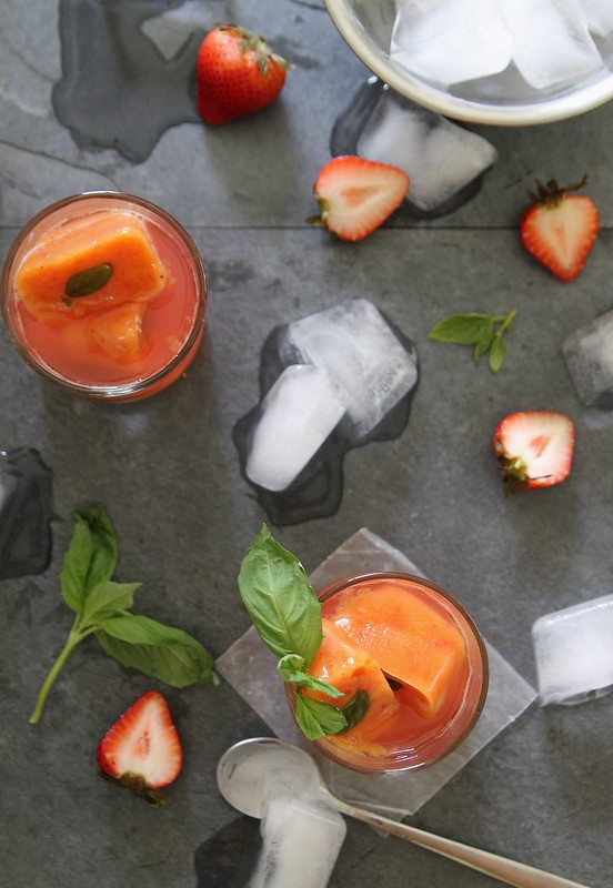 strawberry daiquiri with nectarine ice cubes