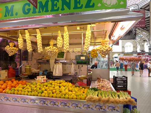 lemons at Mercat Valencia