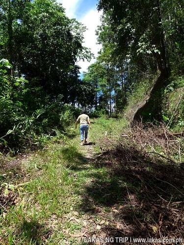 Uphill walk to New Rizal Waterfalls