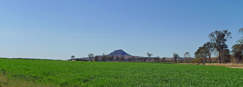 Mt Walker from the Bremer Valley