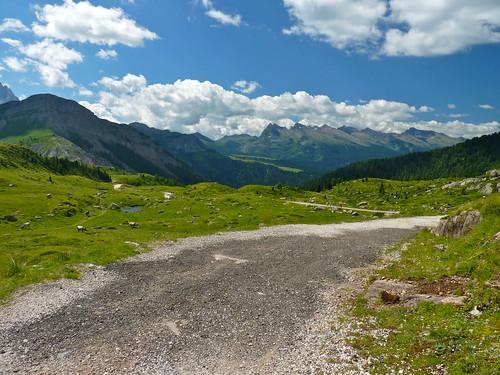 Sentiero per Rifugio Laresei