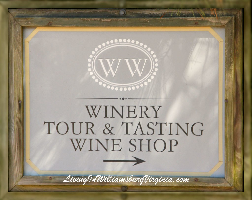 WilliamsburgWinery Tour Sign