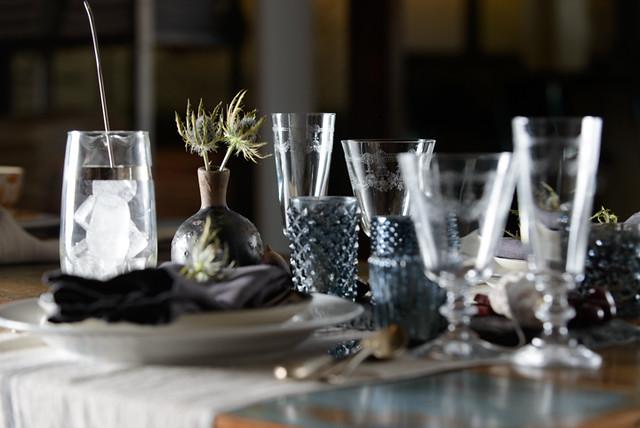 Table Settings - JM 17